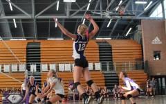 Girls volleyball aces El Camino
