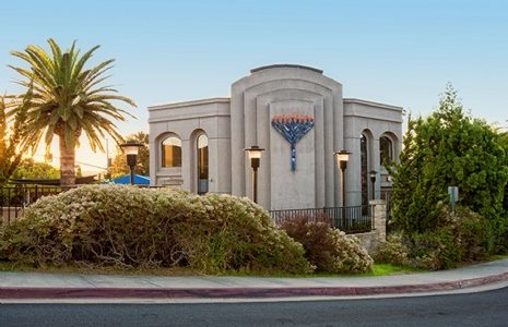 Shooting occurs at Chabad Synagogue on the last day of Passover