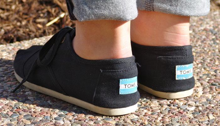 Students+form+club+based+on+popular+TOMS+shoes%27+message