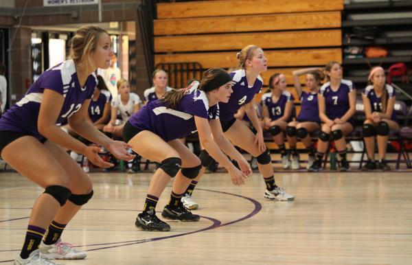 Girls volleyball falls to Fallbrook