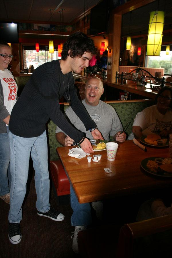 Dec. 1 the annual Best Buddies Pancake Breakfast was held at Applebee's restaurant in Oceanside. During the fundraiser, best buddies served breakfast to friends and family throughout the morning.