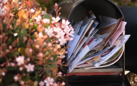 College letters have begun to fill up senior's mailboxes, both acceptance and rejection letters -- along with the lingering colleges still trying to get students to apply. (Photo Illustration)