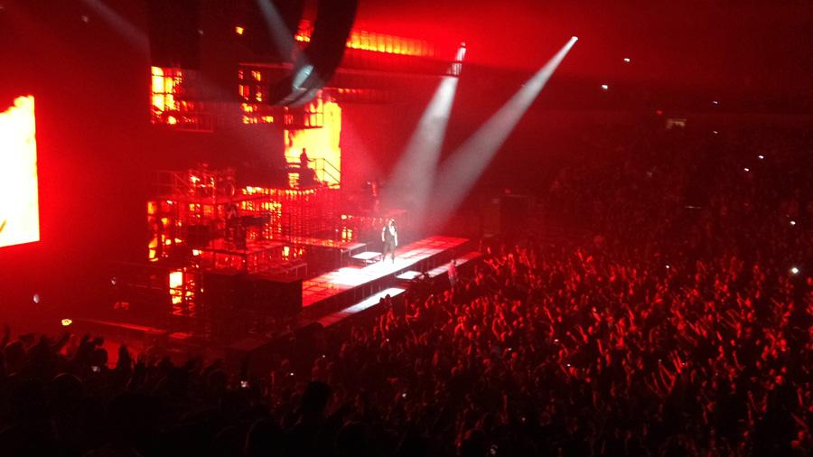 Jay-Z+performs+%27%27+Holy+Grail%27+to+an+energetic+crowd+at+his+concert.+The+setlist+not+only+included+his+new+album+but+his+greatest+hits+as+well.