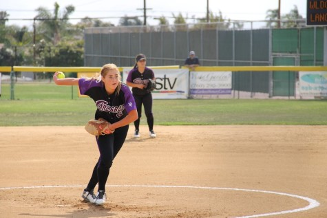 Carlsbad pitches the ball to the El Camino Wildcats. Carlsbad won 8-2.