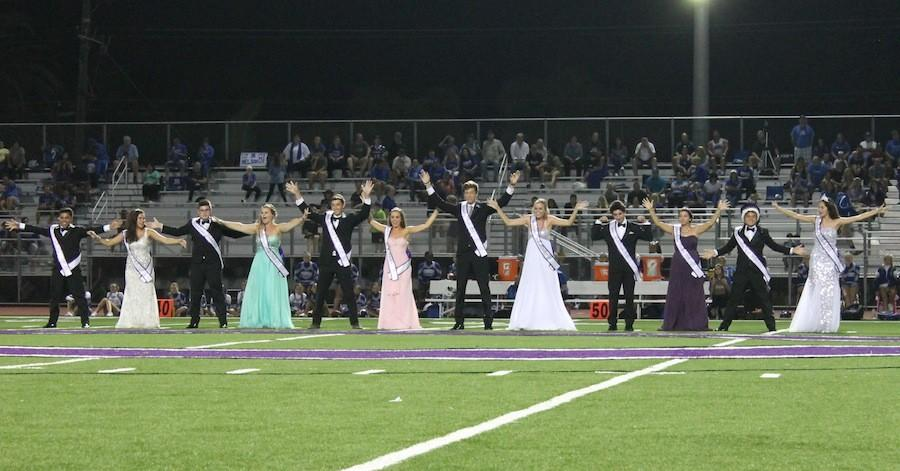 Homecoming+Court+dances+during+the+halftime+show.+Every+year%2C+the+Court+learns+a+new+dance+to+perform.