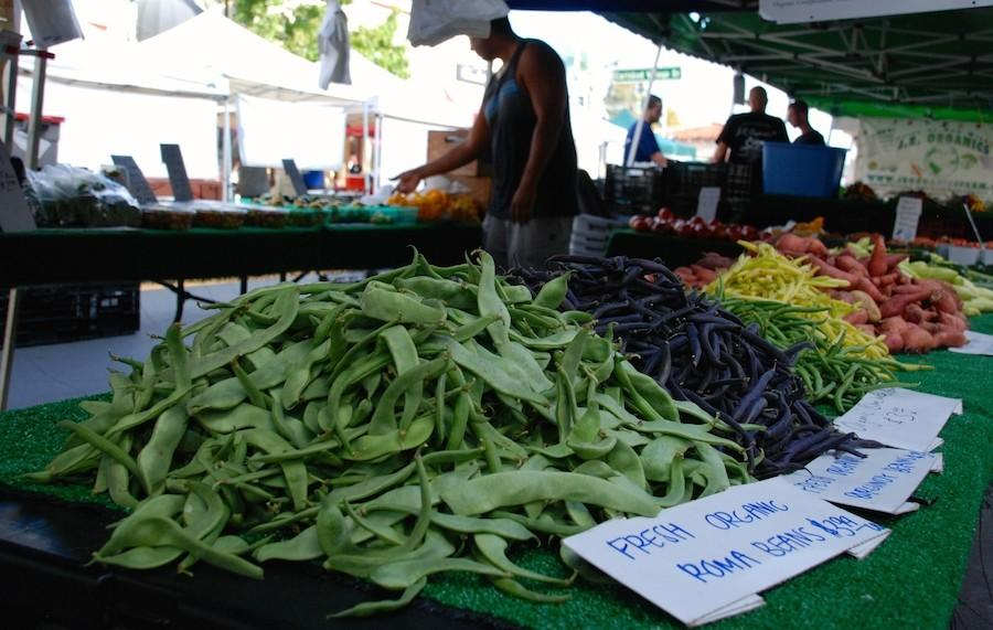 The Carlsbad Farmers Market is every Wednesday on State St. Local farmers are able to come sell their fresh and organic produce. Its 3-7pm until Winter and then it is 3-6pm.