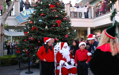 Carlsbad holds 31st annual Christmas tree lighting