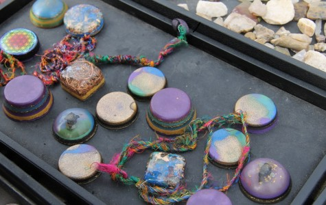 Every Saturday and Sunday, there is the Seaside Bazaar in Encinitas open from 9:00 am- 4:00 pm. It is an off-beat flea market that is one of a kind. Vendors sell items such as jewelry, soaps, photography, and gems like the ones in this photo.