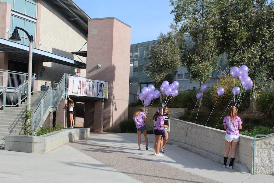 ASB students help set up for the homecoming assembly. Last Friday, Oct. 7, CHS held their annual assembly announcing the 2016 homecoming king and queen. ASB spent all day setting up for their homecoming festivities.