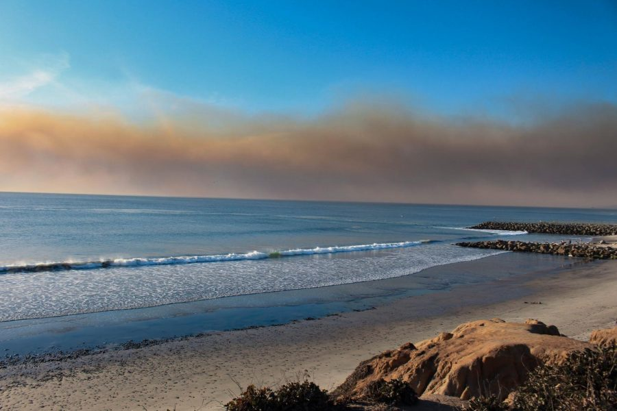 The+Lilac+Fire+is+visible+over+the+Carlsbad+coast.+The+Lilac+Fire+originated+in+Bonsall+and+began+spreading+towards+the+Oceanside+coast.