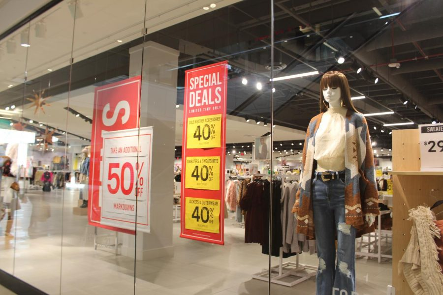The Forever 21 location in the Shoppes at Carlsbad contains a trendy assortment of both fall and winter clothing items. Forever 21's Black Friday sales came in the midst of the company's controversial bankruptcy filing. Photo by: Lena McEachern