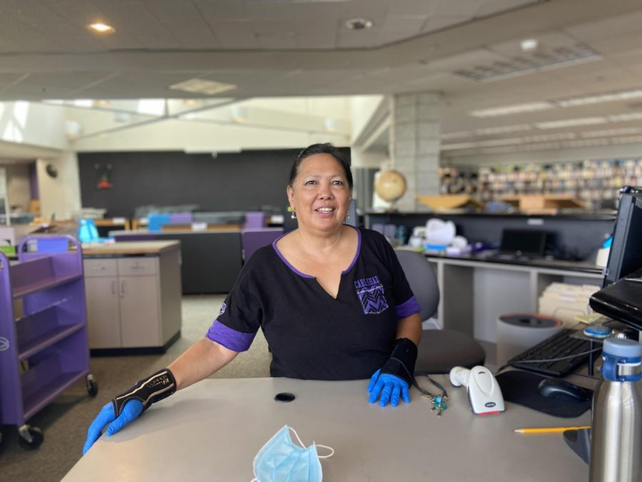Donna Olaguer: Librarian